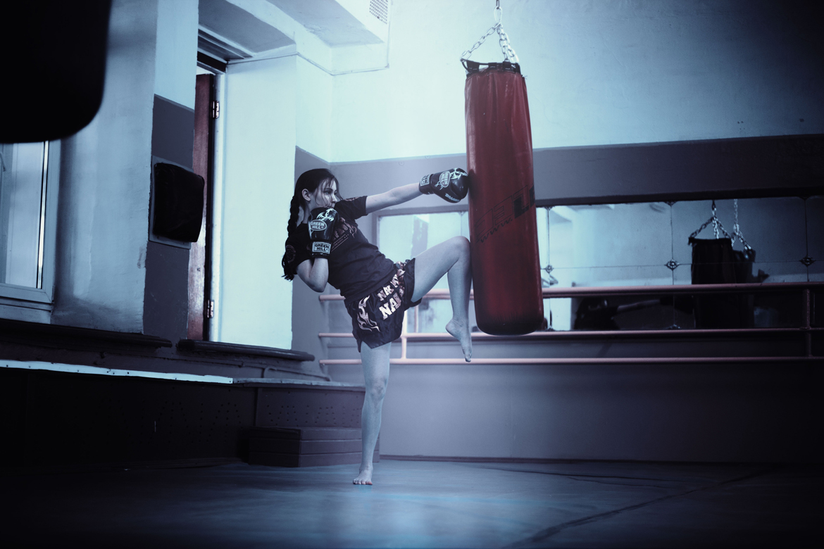 ESSENTIAL MOVES IN A KICKBOXING CLASS